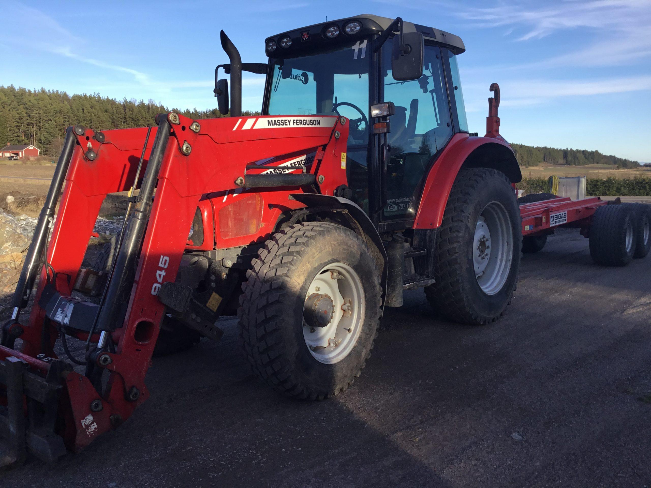 Kaivinkone- ja traktorityöt